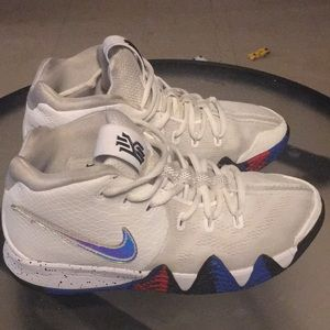❤️💙 KYRIE IRVING sneakers 💙❤️